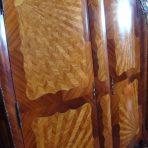 Magnifique armoire en bois de rose